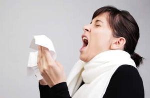 girl-sneeze